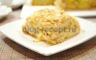 """Торт """"Наполеон"""" из печенья ушки с заварным кремом: рецепт с фото пошагово"""