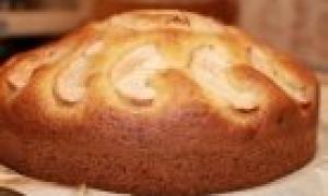 Сладкий пирог к чаю, легкий как пух: простой, быстрый, вкусный рецепт