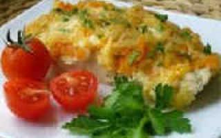 Минтай в духовке с морковью и луком в сметане: рецепт с фото пошагово