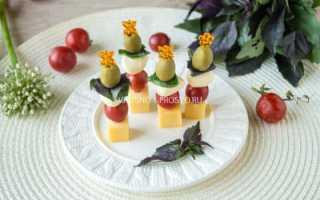 Бутерброды на шпажках на праздничный стол: рецепты с фото простые (видео)