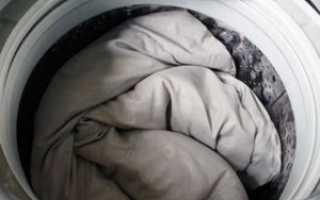 Как постирать одеяло: из холлофайбера, из бамбука, в стиральной машине